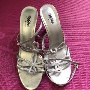 Silver sexy strap heel